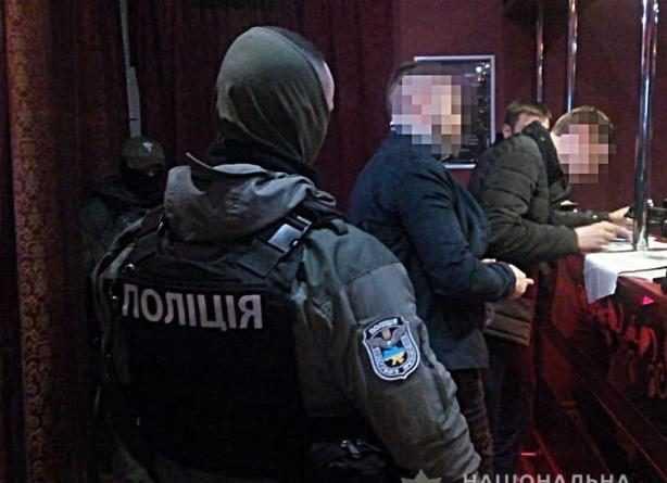 У Києві затримали групу фальшивих колекторів